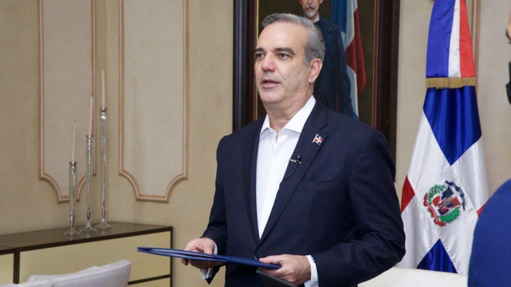 Luis-Abinader-credenciales-virtuales-Presidencia-1024x576.jpg
