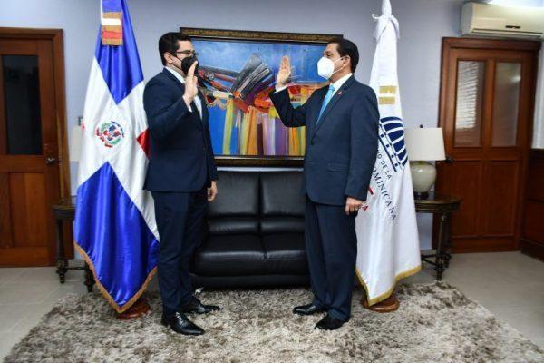 Eladio-Perez-Ministerio-de-Salud-e1621343490418.jpg