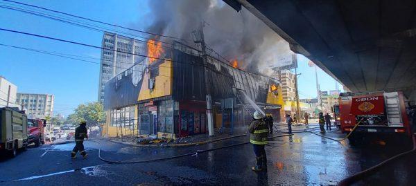Incendio-Aro-y-Pedal-El-Caribe-e1620656941832.jpg