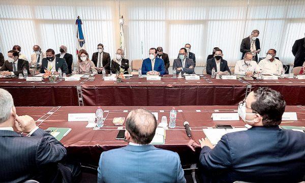 Dialogo-Reformas-El-Caraibe-e1631709857428.jpg